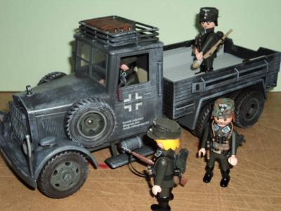 20100815234423-alemanes-playmobil-002.jpg