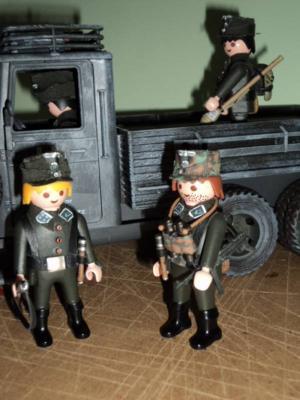 20100815234441-alemanes-playmobil-003.jpg