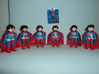20120107152153-superman-playmobil-001.jpg