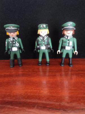 20150129221337-oficiales-alemanes.jpg